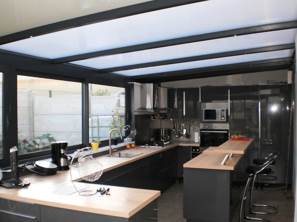 cr ez votre espace cuisine sur mesure avec ternois v randas. Black Bedroom Furniture Sets. Home Design Ideas
