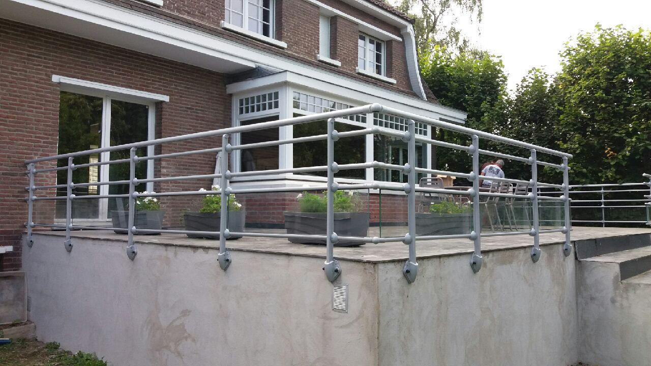 balustrades pour terrasse ternois fermetures. Black Bedroom Furniture Sets. Home Design Ideas
