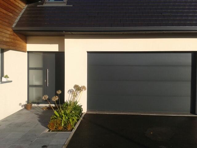 Portes de garage sur mesure ternois fermetures for Porte de service aluminium sur mesure